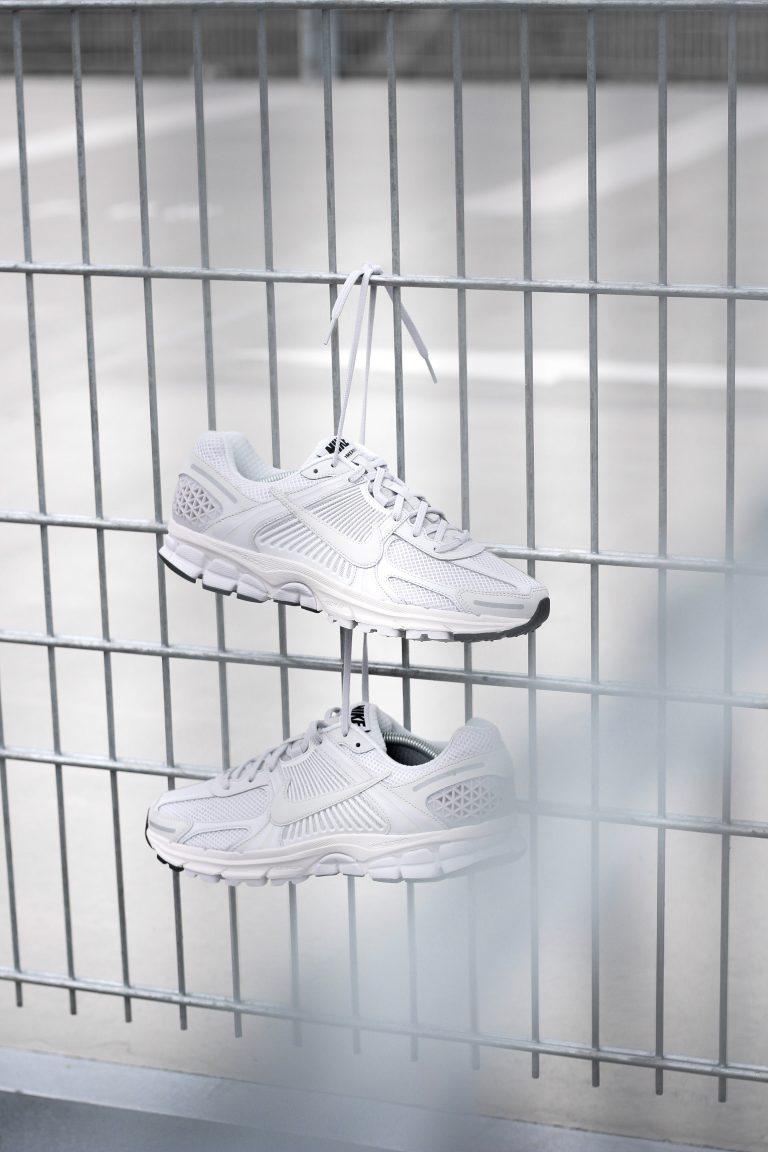 Grauer Nike Vomero 5 SP Bowerman Series