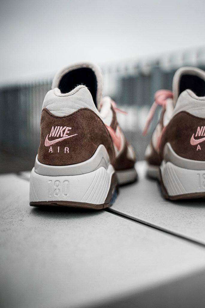 Hackenpartie eines Nike Air Max 180